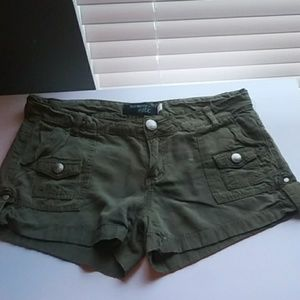 Pants - Shorts in good condition